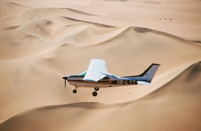 Cesna über der Namib Wüste